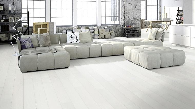 parquet-tonalita-colore-bianco-soggiorno-industriale