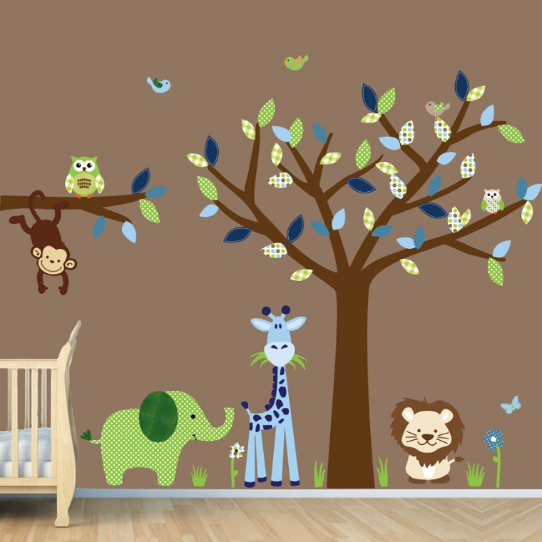 pittura-cameretta-tortora-albero-animali