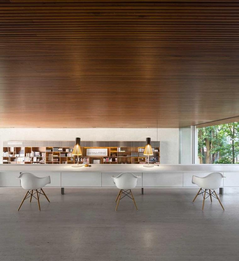 soffitti in legno-cucina-arredamento-moderno