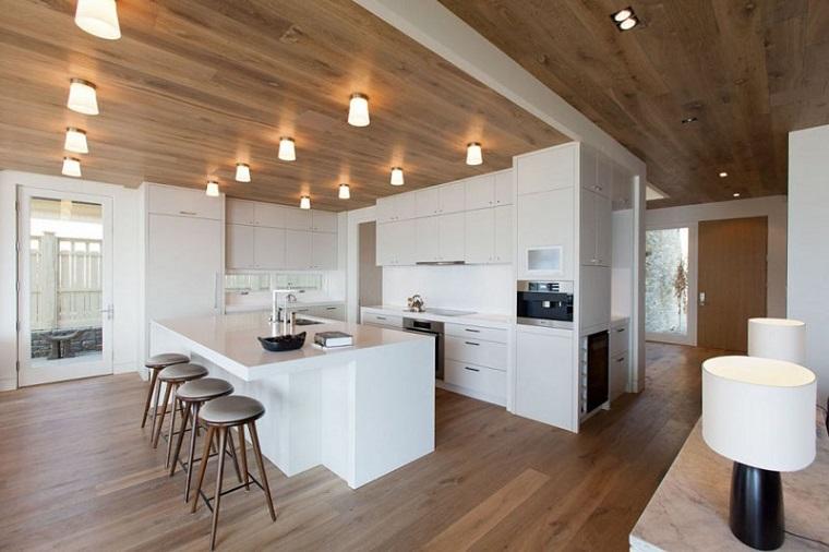 soffitto-legno-Robert-Bailey-Interiors
