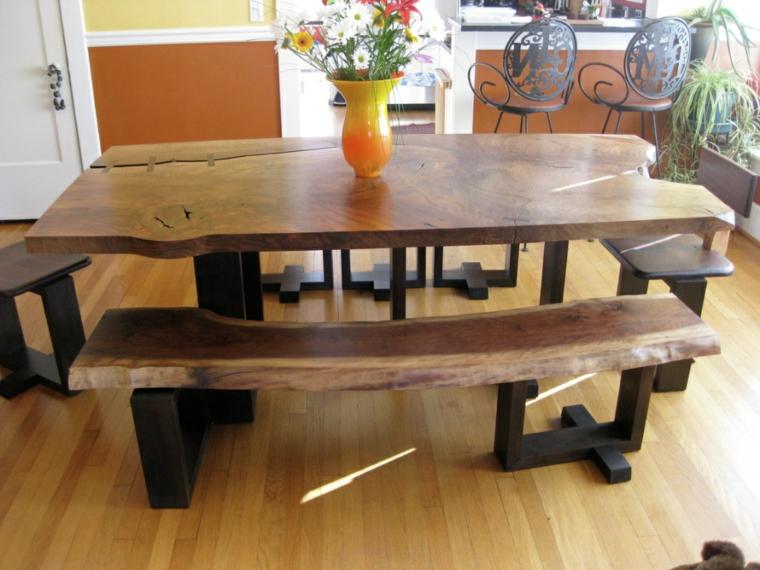 tavolo-legno-grezzo-zona-living-panchine