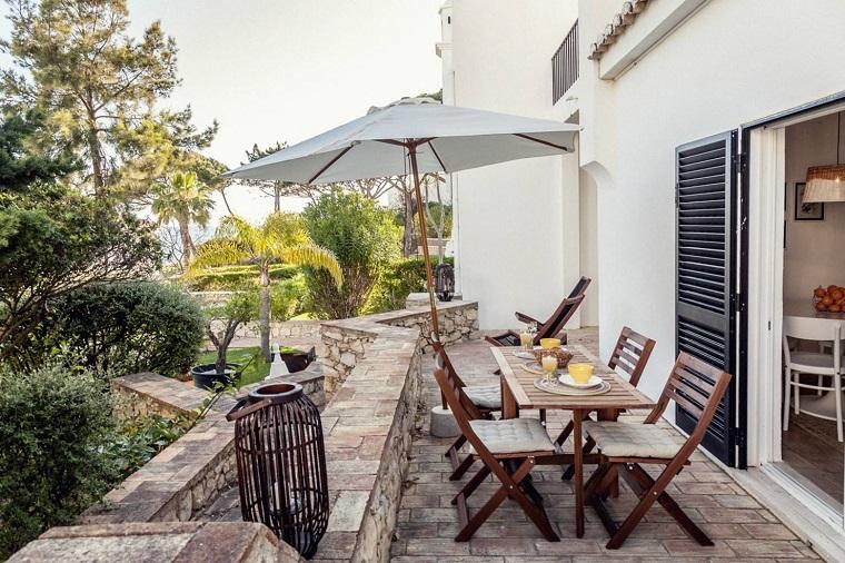 Arredare terrazzo appartamento come allestire un outdoor da sogno - Arredare balconi e terrazzi ...