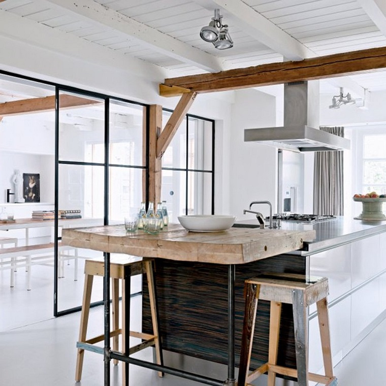 travi-legno-cucina-stile-scandinavo