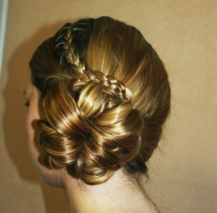 acconciatura-sposa-idea-chignon-laterale