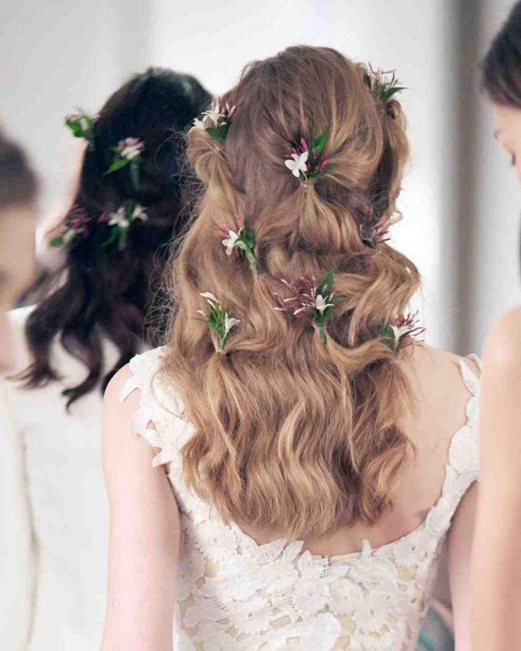 acconciature-da-sposa-sciolti-fiori