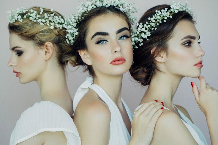 acconciature sposa-raccolto-coroncina-fiorellini
