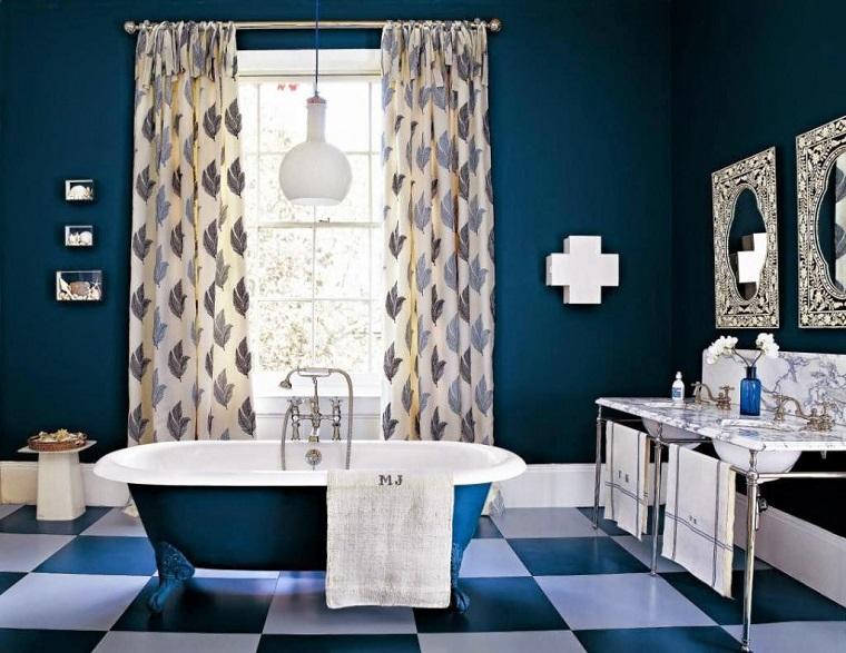arredamento-stile-inglese-bagno-blu