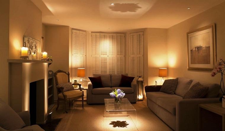 arredare-soggiorno-tonalita-calde-accoglienti