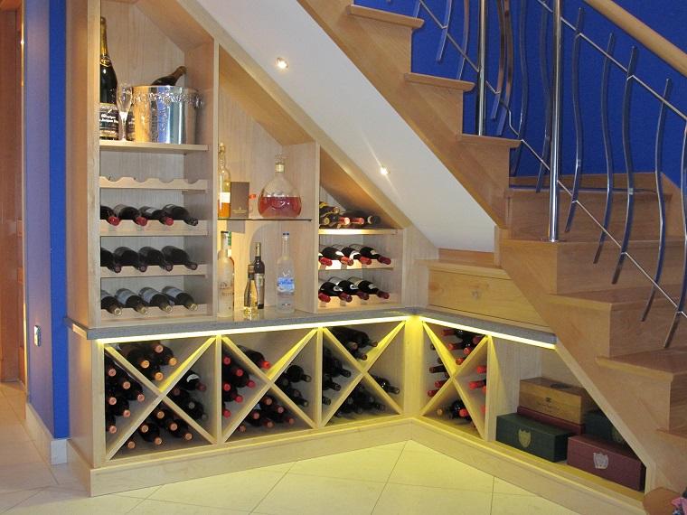 arredare-sottoscala-mobili-conservare-vino