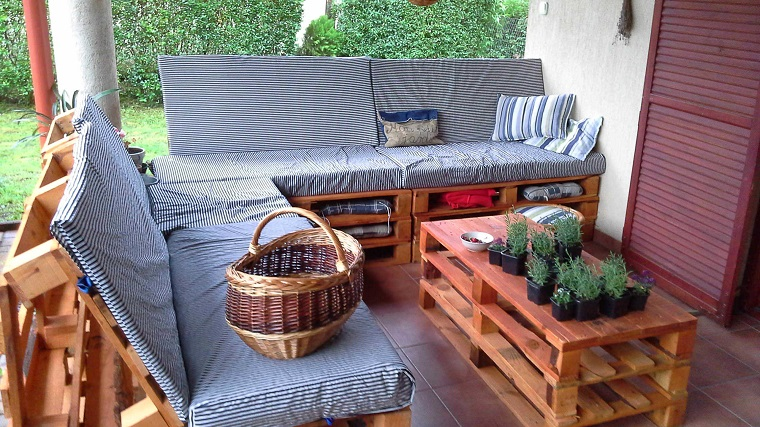 arredo-pallet-idea-mobili-esterno