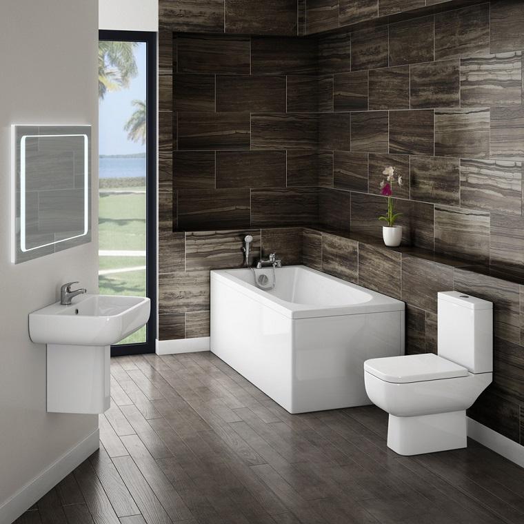 bagni-moderni-piccoli-parete-effetto-legno