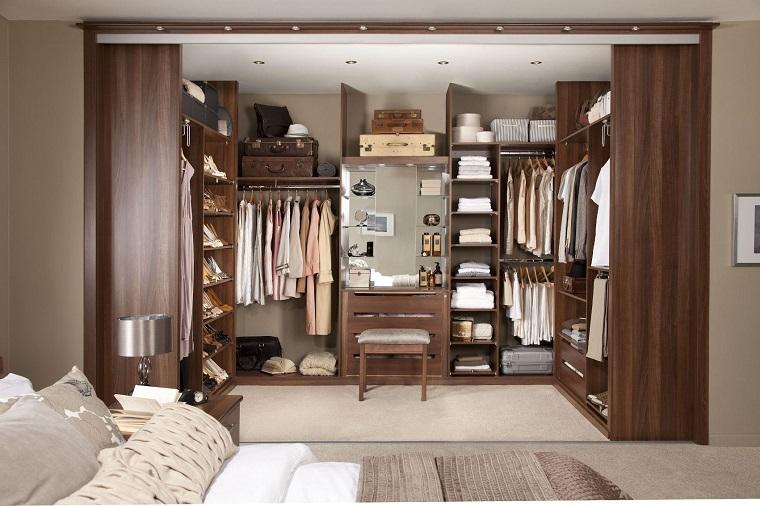 cabina-armadio-ante-scorrevoli-legno