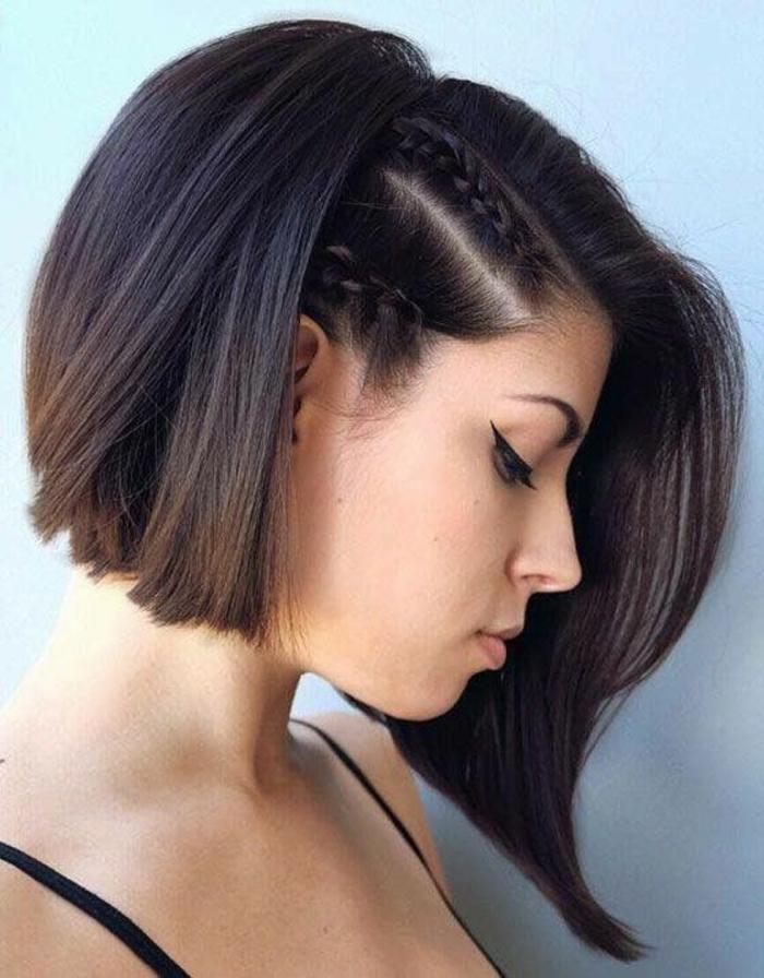 capelli-corti-ricci-taglio-doppia-capelli-treccia-diadema-bionda-stagione-vestito-maglia-grigia-ragazza-femminili-donna