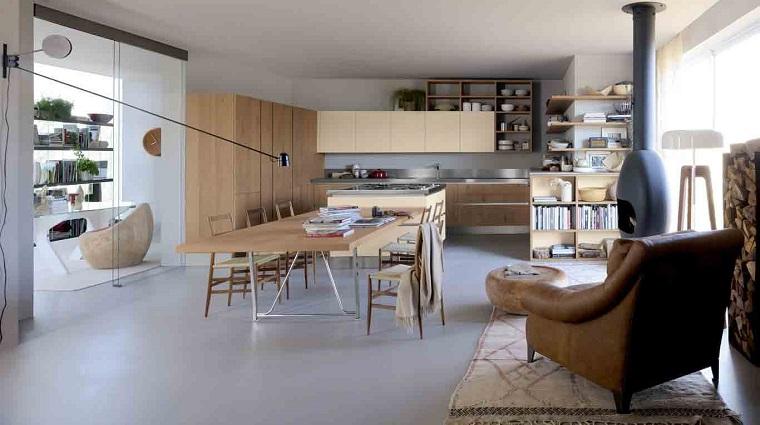 cucina con isola centrale-legno-naturale