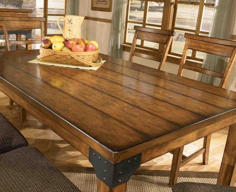 cucina-rustica-focus-tavolo-legno