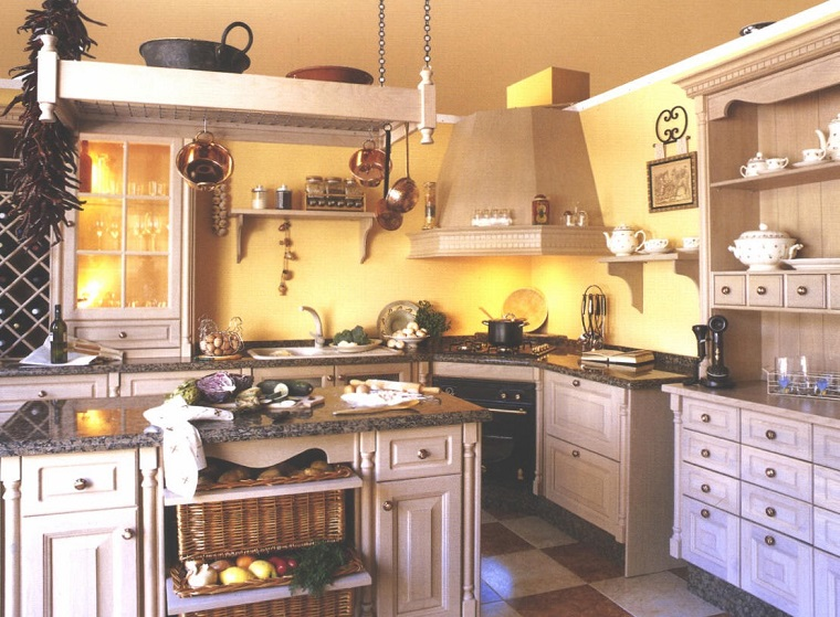 cucina-rustica-idea-mobili-chiari