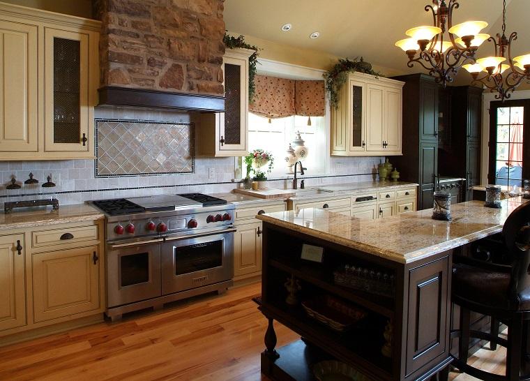 cucina-rustica-in-muratura-parquet