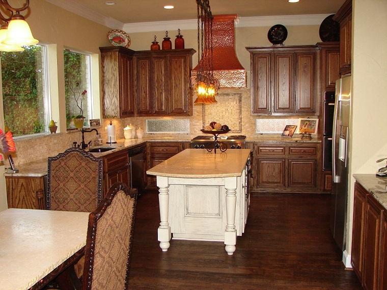 cucina-rustica-isola-legno-bianca