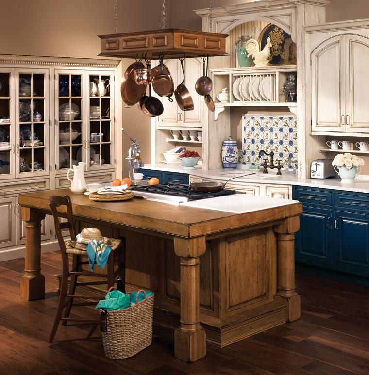 cucina-rustica-isola-legno-centrale
