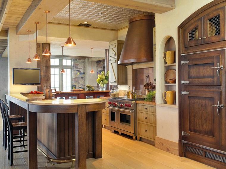 cucina-rustica-lampadari-rame-sospensione