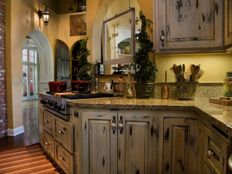 cucina-rustica-legno-top-marmo