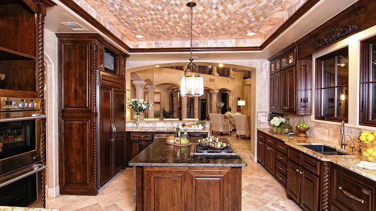 cucina-rustica-mobili-legno-scuro