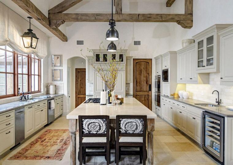 cucina-rustica-soluzione-ampi-spazi