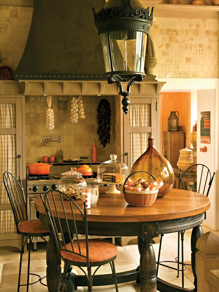 cucina-rustica-tavolo-pranzo-rotondo