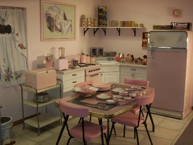 Cucina vintage: dieci idee per un tuffo nel passato tra i fornelli - Archzine.it