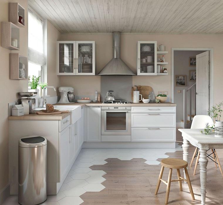 Cucina bianca classica: candore e charme senza tempo ...