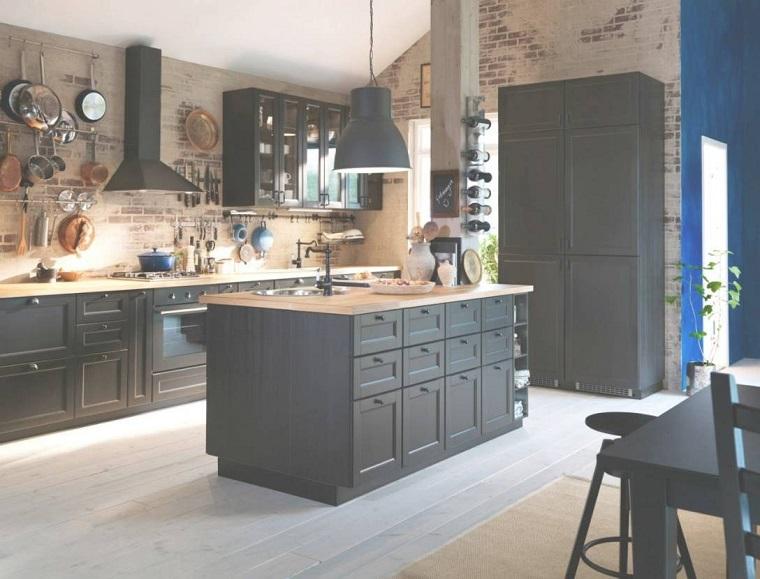 Isola centrale cucina funzionalit e design all 39 ennesima - Cucine con isola centrale ...