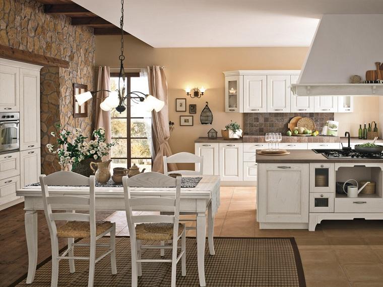 cucine rustiche-idea-mobili-bianchi-tavolo