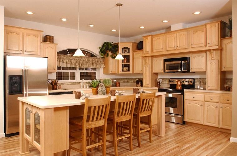 cucine rustiche-legno-chiaro-parquet