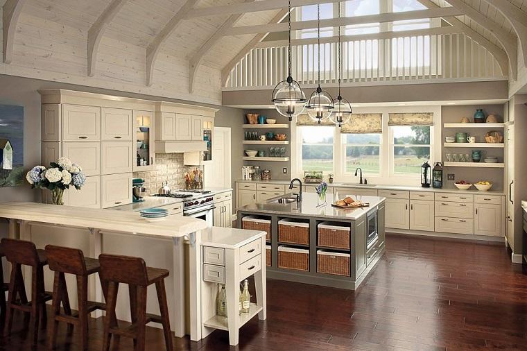 cucine rustiche-mobili-bianchi-parquet-scuro