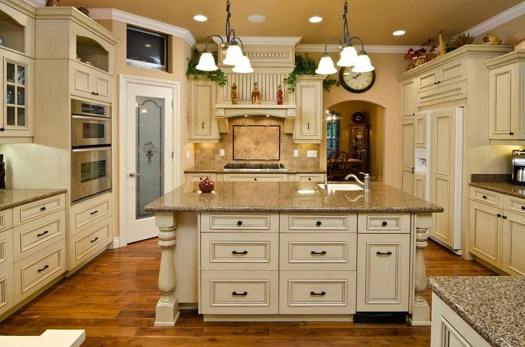 Cucine rustiche legno e pietra tutta l 39 accoglienza del - Cucine color avorio ...