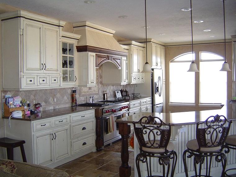 cucine rustiche-sedie-ferro-battuto