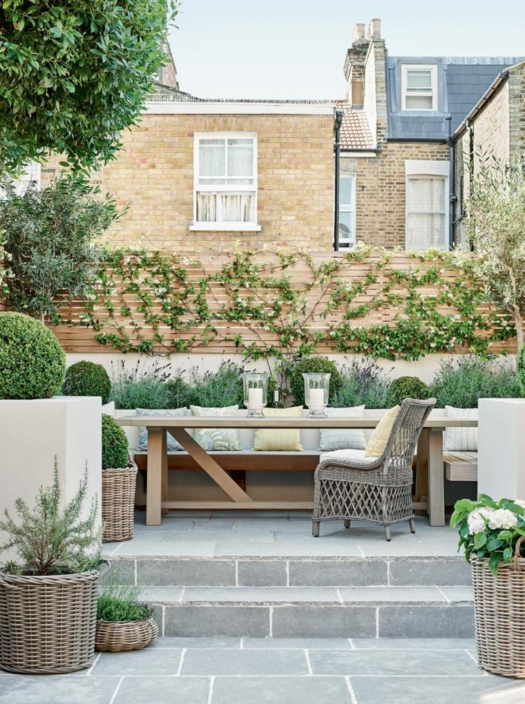 idee giardino piccolo moderno arredo mobili in legno decorazione con piante da esterno