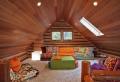 Idee mansarda: 25 composizioni originali con il legno protagonista