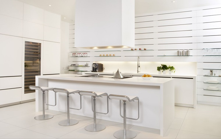 mobili-bianchi-cucina-isola
