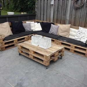 Pallet design: letti, tavoli, set da esterni belli ed ecologici!