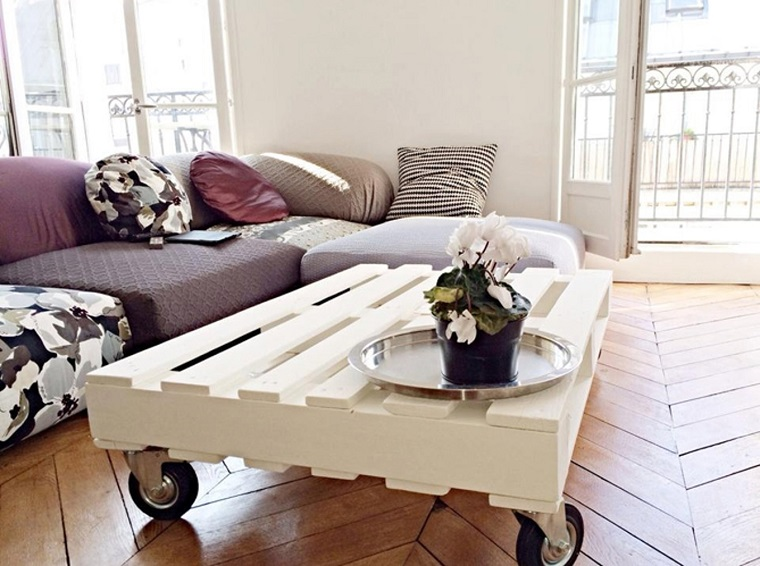 pallet-arredo-tavolino-bianco-rotelle