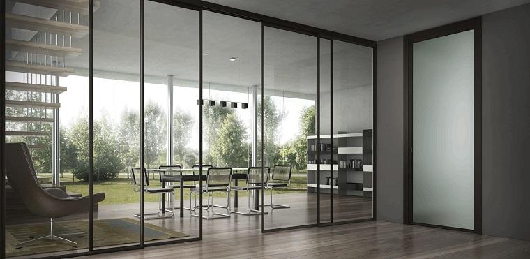 pareti scorrevoli-soluzione-vetro-bordi-neri