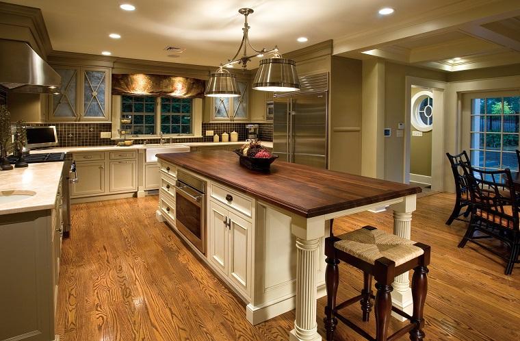 pavimenti cucina-rustica-parquet-scuro