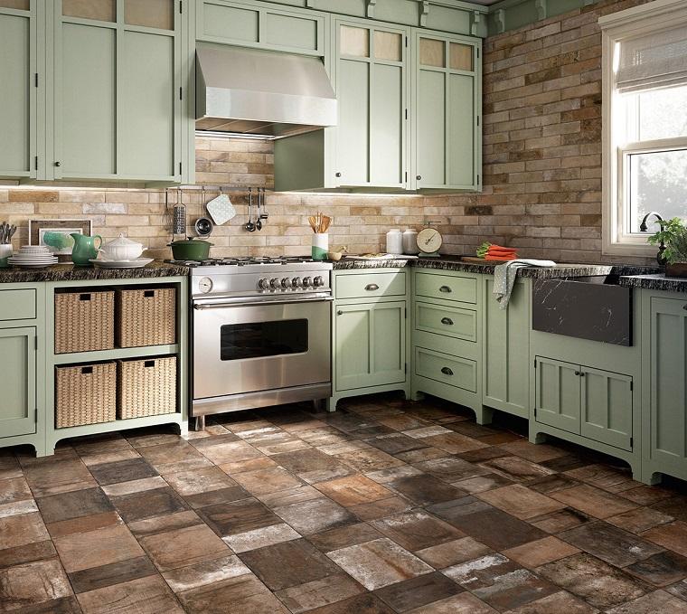 pavimento-cucina-rustica-piastrelle-cotto