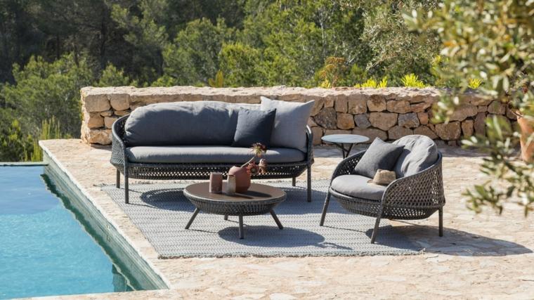 piccoli giardini da copiare outdoor con piscina recinzione con mattoni
