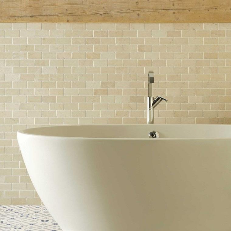 rivestimenti-bagni-moderni-piastrelline-beige