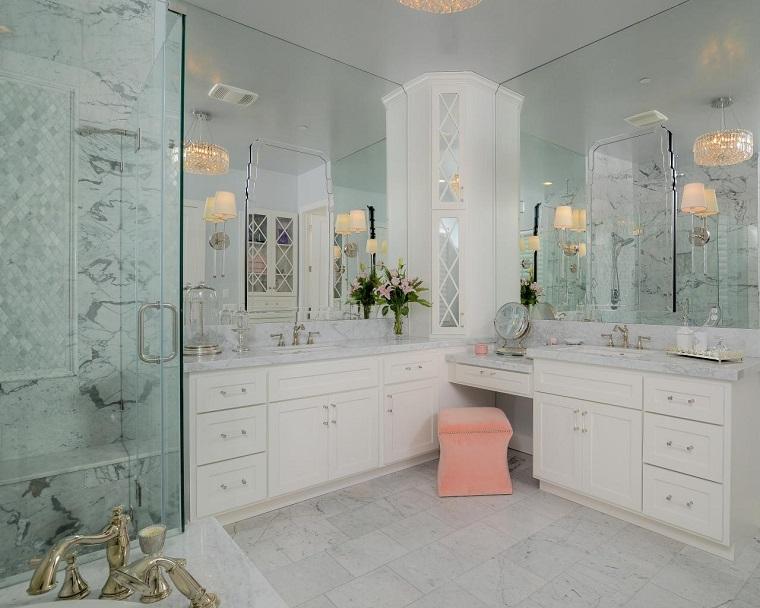 rivestimento-bagno-moderno-dettagli-marmo