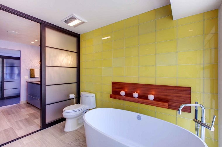 rivestimento-bagno-moderno-giallo-senape