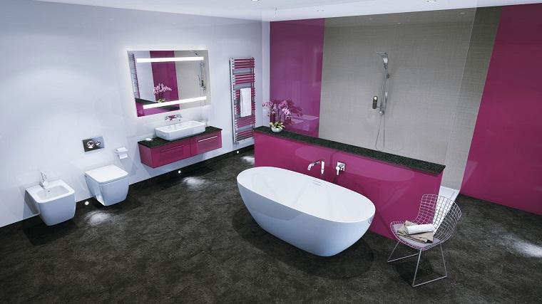 rivestimento-bagno-moderno-idea-fucsia