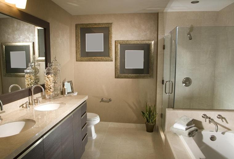 rivestimento-bagno-moderno-toni-beige